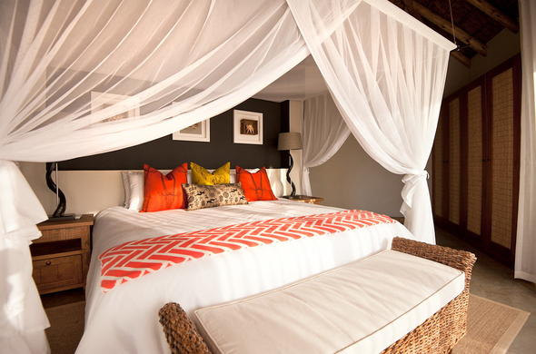 Honeymoon Suite offered Klaserie Sands River Camp.