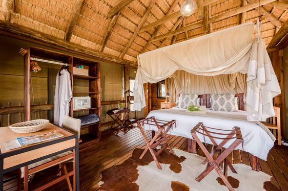 Enjoy a peaceful stay in one of the nThambo Tree Camp rooms.