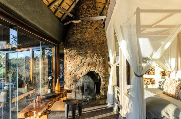 Singita Boulders Lodge offers luxurious accommodation in the River Suite.